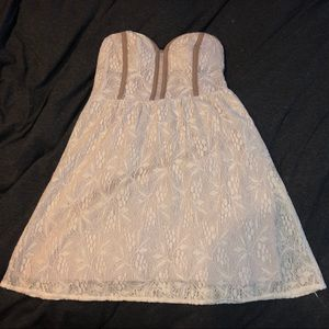 UO White and Tan Floral Pattern Lace Dress